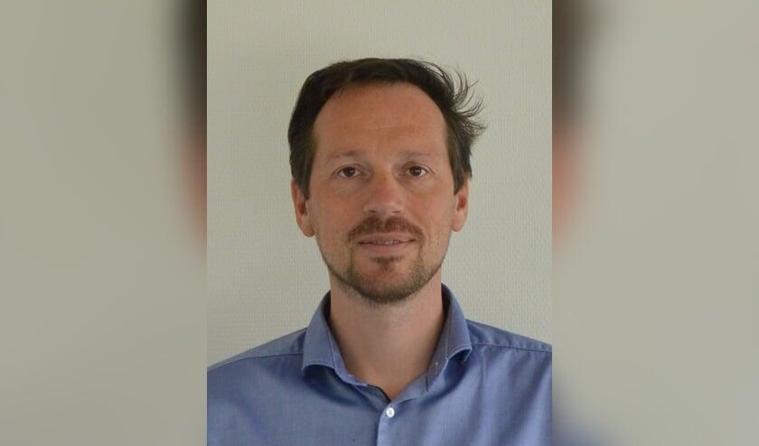 • Directeur Noël Houweling.