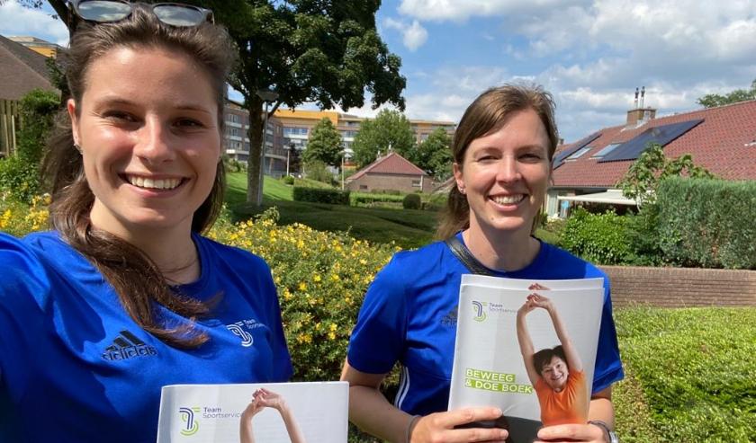 • De buurtsportcoaches brachten de boeken rond in Vianen.