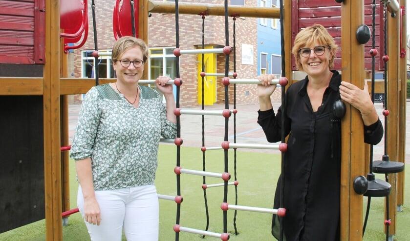 • Mireille Burema (l) en Ilse Verwei wisselen het directeurschap van De Vlieger in voor een nieuwe baan.