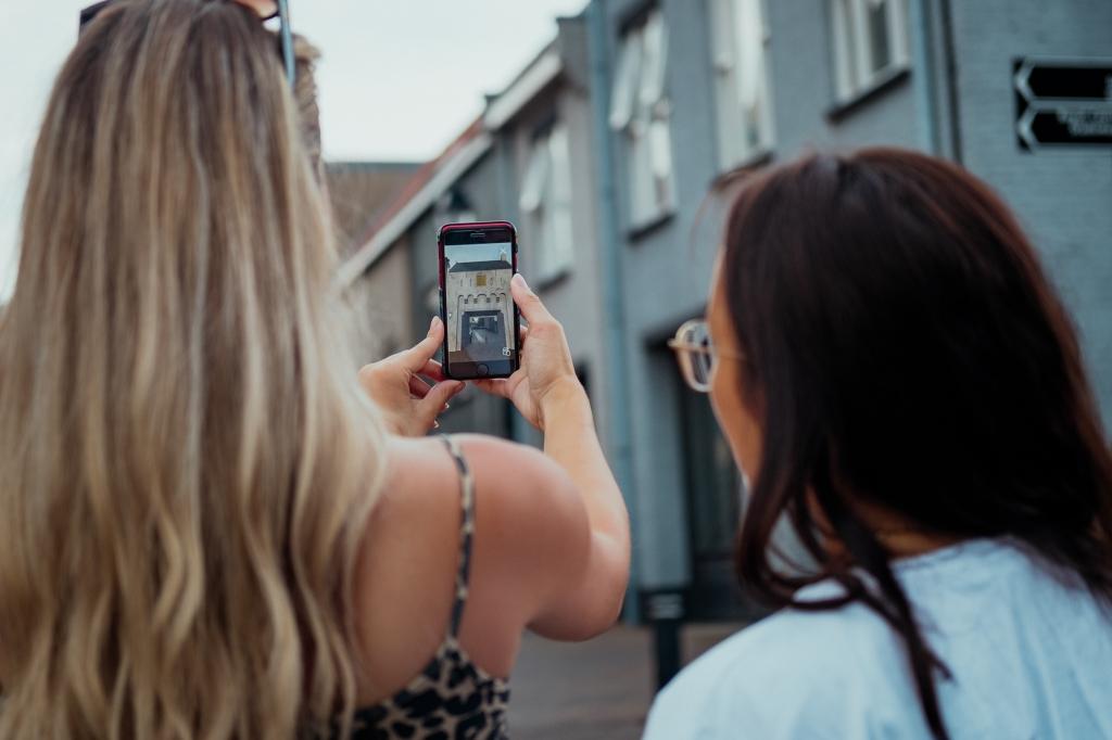 • Plaats oude stadspoorten terug met de 'Leerdam Tour' app. Foto: Aangeleverd © Leerdam