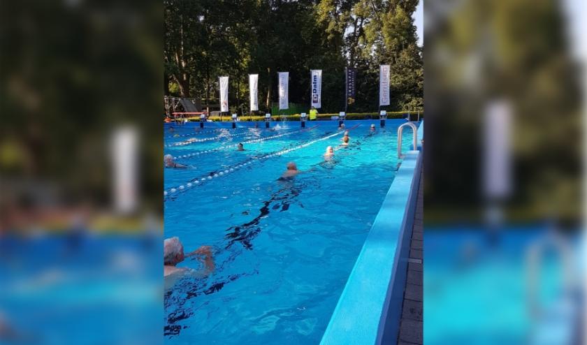 Ook zwembad Bijtelskil in Sleeuwijk is weer open.