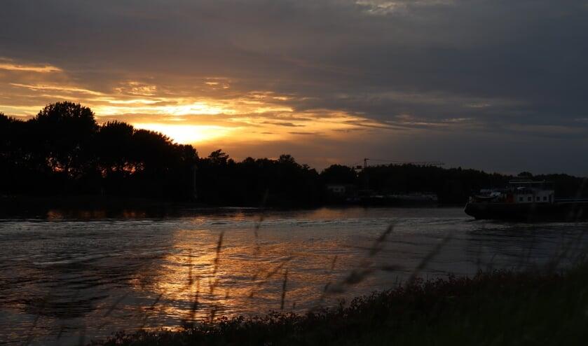 • De Noord gezien vanaf Papendrecht.