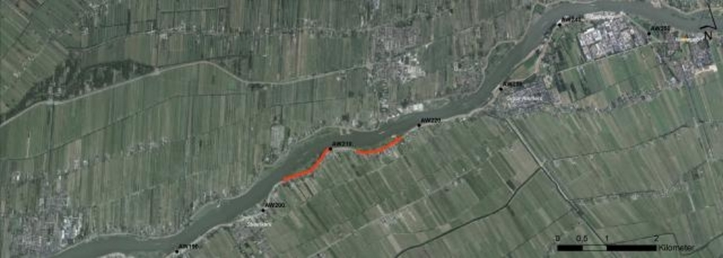 • Het traject tussen Streefkerk en Nieuwpoort. In rood staat het deel dat als eerste aangepakt wordt. Foto: Aangeleverd © Vianen