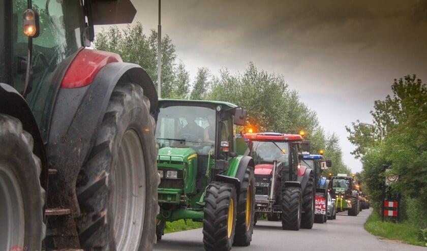 • De boeren trekken door Leerdam op weg naar Geldermalsen.