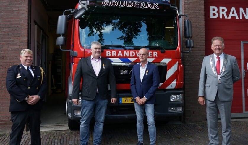 • Ploegchef Robert Coomans, Peter Boevé, Gijs Mourik en burgemeester Roel Cazemier.