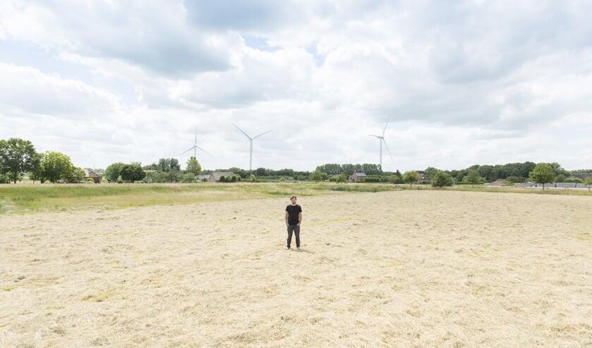 • Organisator Jaap van Eggelen op het terrein waar het gaat gebeuren.