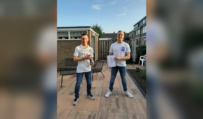 • Wouter Cijsouw en Tobias  Steevensz uit 6 VWO waren de twee winnaars van het  Willem de Zwijger College.