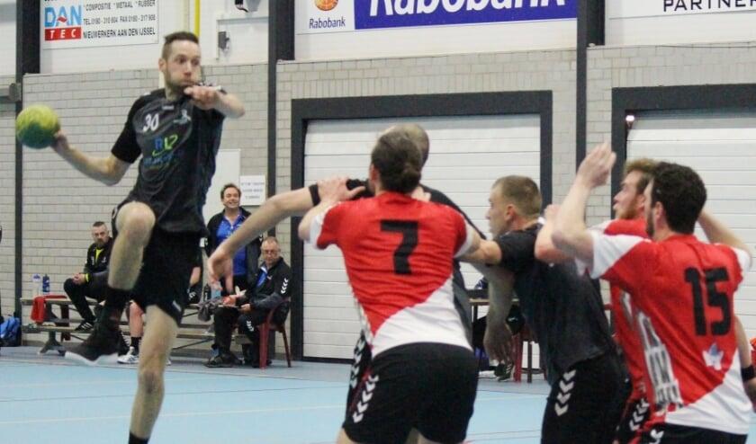 • Remco de Jong is naar het tweede gegaan van handbalvereniging Drechtsteden.