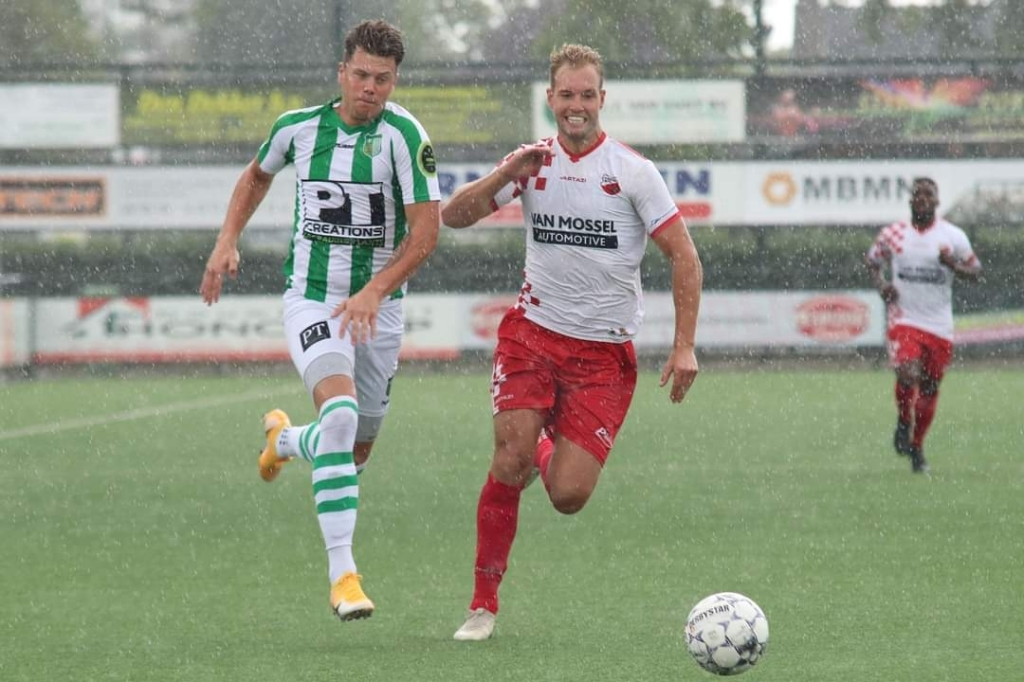 • Achilles Veen - Kozakken Boys (1-1). Foto: Gerald van Zanten © regiosport