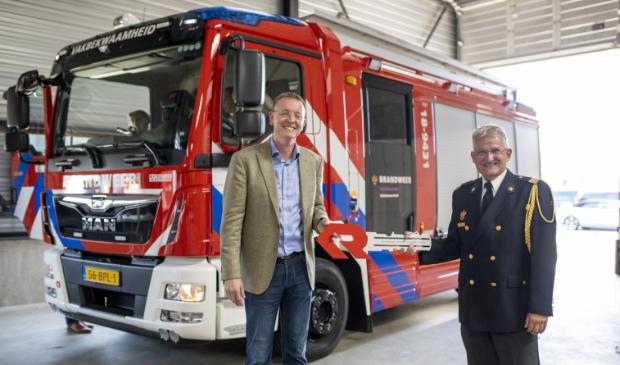 • De overdracht van de eerste nieuwe tankautospuit voor de regio Zuid-Holland Zuid.