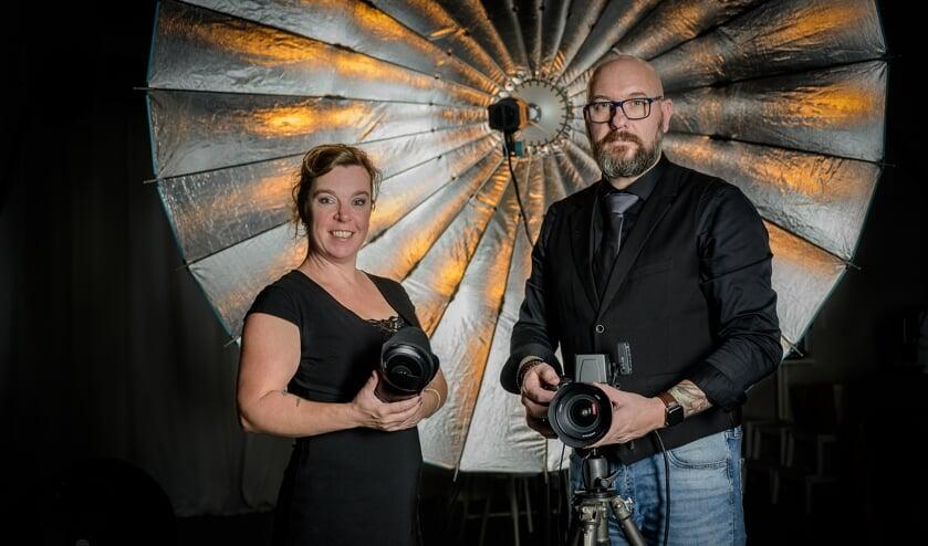 • Joyce Brouwer en Jeffrey Verhoeven in de nieuwe studio.
