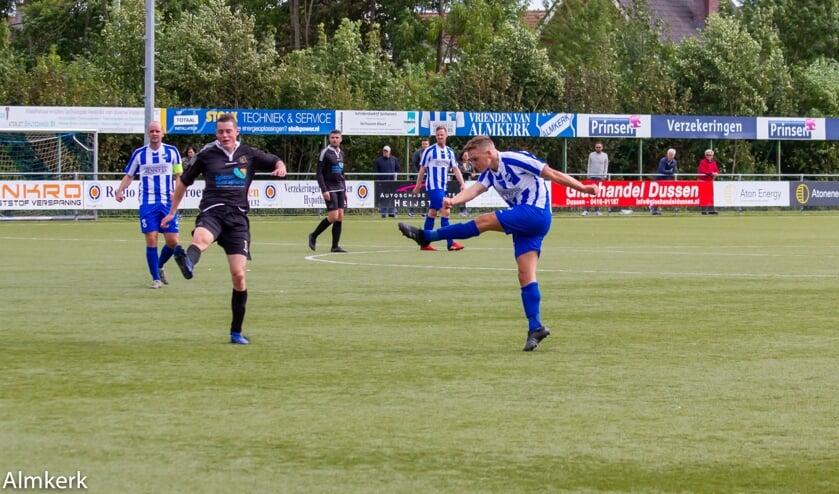 • Almkerk - Cluzona: 3-1.