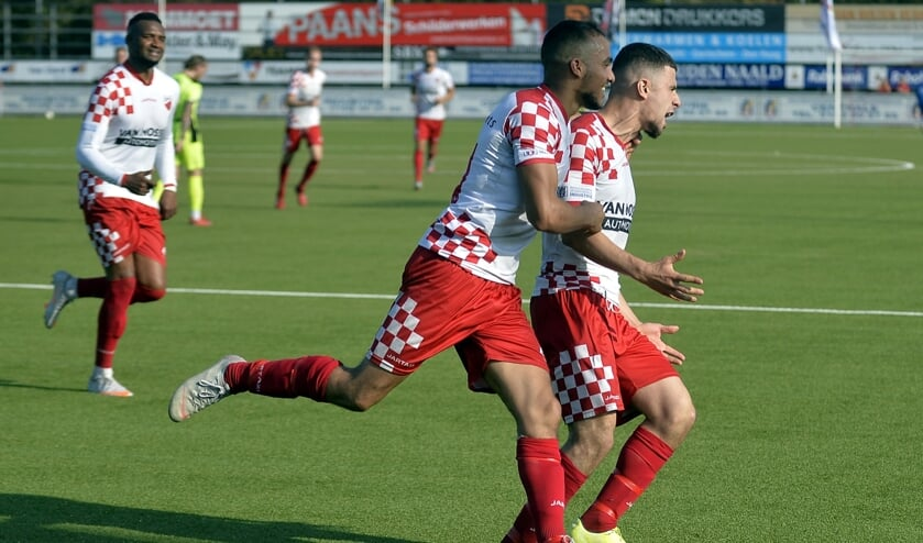 • Kozakken Boys - IJsselmeervogels (4-1).