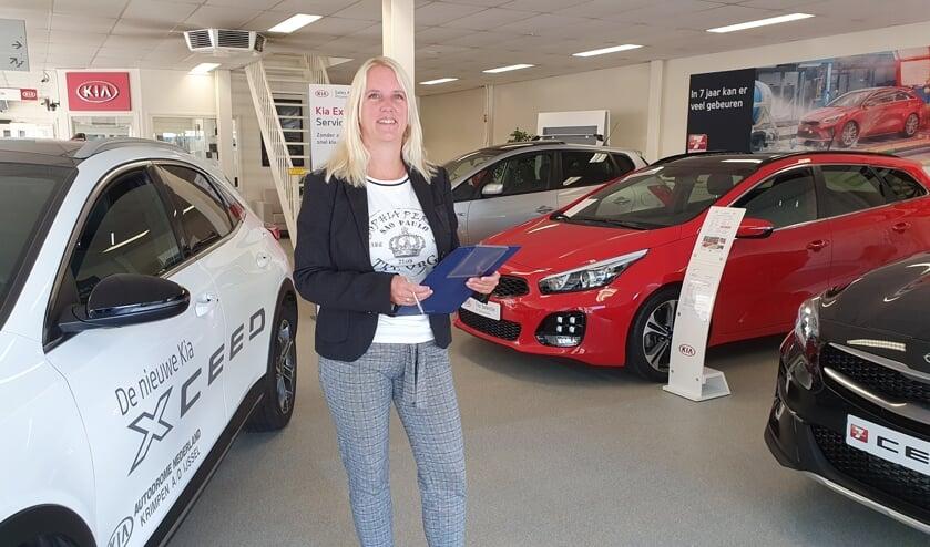 <p>&bull; Annemijn Markus werkt als enige vrouw bij Kia-dealer AutoDrome.&nbsp;</p>