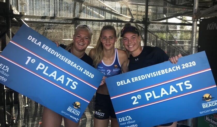 Links Raïsa Schoon, in het midden Anique Tavenier en rechts Sarah van Esch.