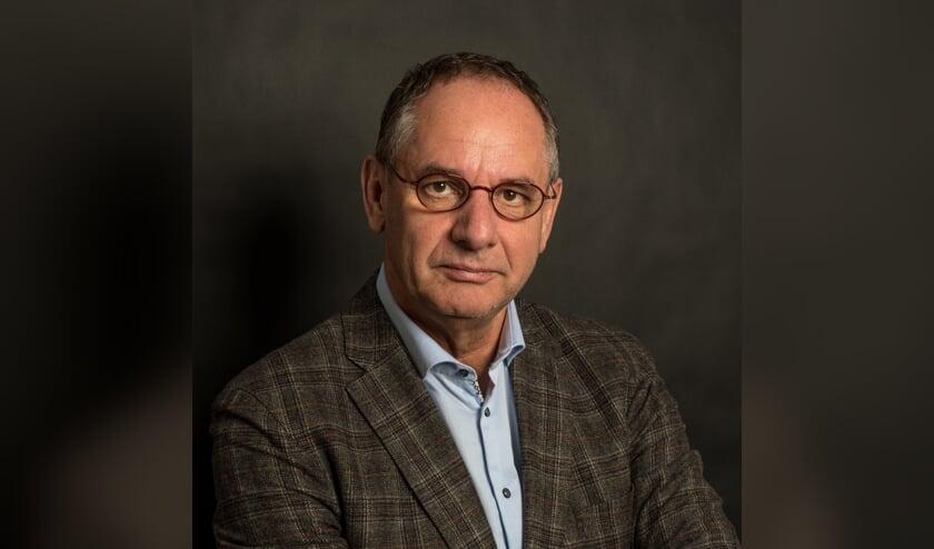 <p>&bull; Jan Dekker, voorzitter van Stichting Hospice Krimpenerwaard.</p>