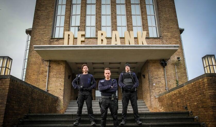 <p>• Het Zendstation was voor even 'De Bank'.</p>