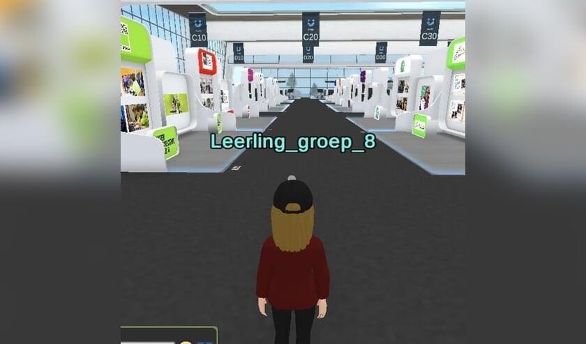 • Kinderen kunnen hun eigen avatar maken en naar de stand van het Krimpenerwaard College lopen.