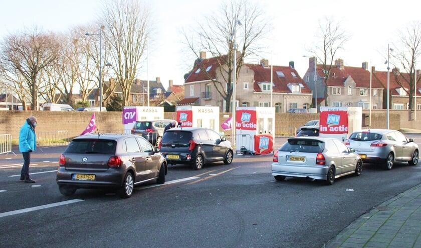 <p>&bull; Tijdens de laatste staking in Alblasserdam was er een staakstraat bij Landvast&nbsp;</p>