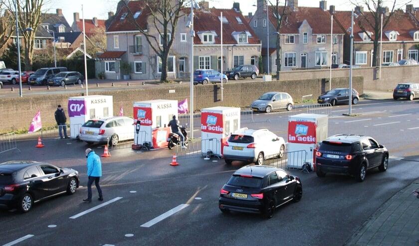 <p>&bull; In Alblasserdam werd onlangs al gewerkt met een staakstraat.</p>