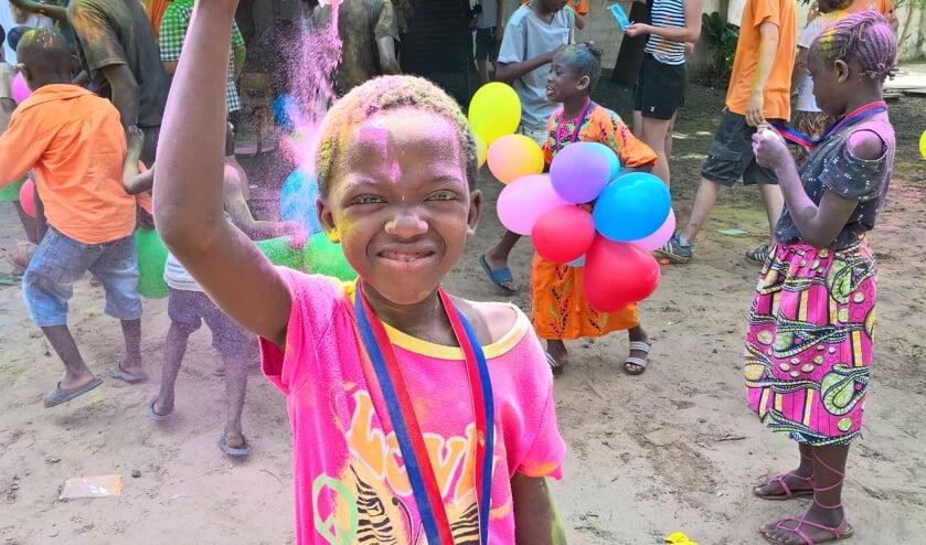 <p>&bull; Een jong kind uit het Gambiase Fajare</p>