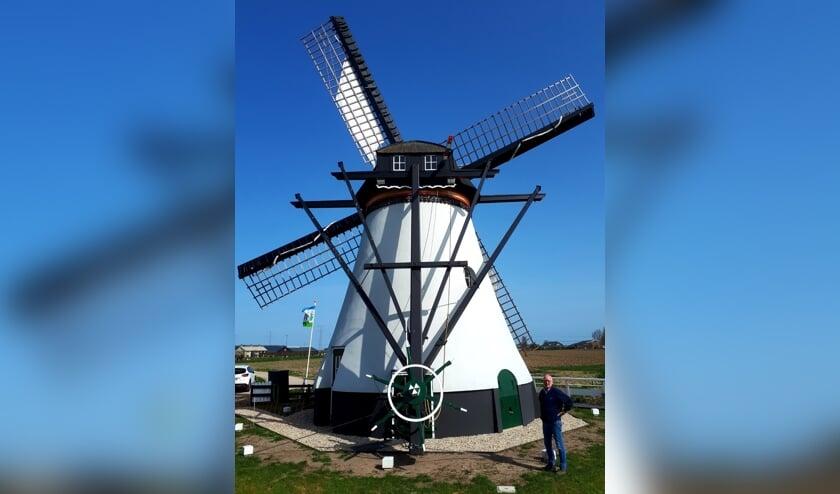 • De Souburghse molen, met eerste molenaar Hans Tuytel.