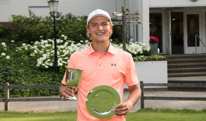 <p>&bull; Golfer Mats Markovits eindigde op een vijfde plaats. &nbsp; </p>