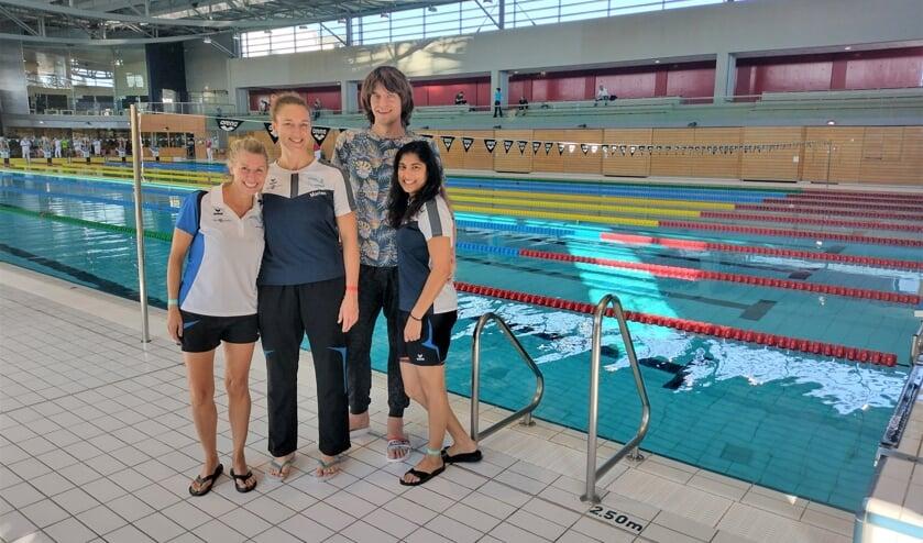 <p>• De deelnemers vanuit De Geul aan de Luxemburgse zwemkampioenschappen.</p>