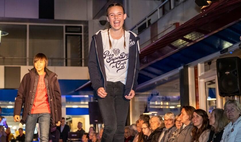 <p>• De nieuwste mode én een lach op de catwalk.</p>