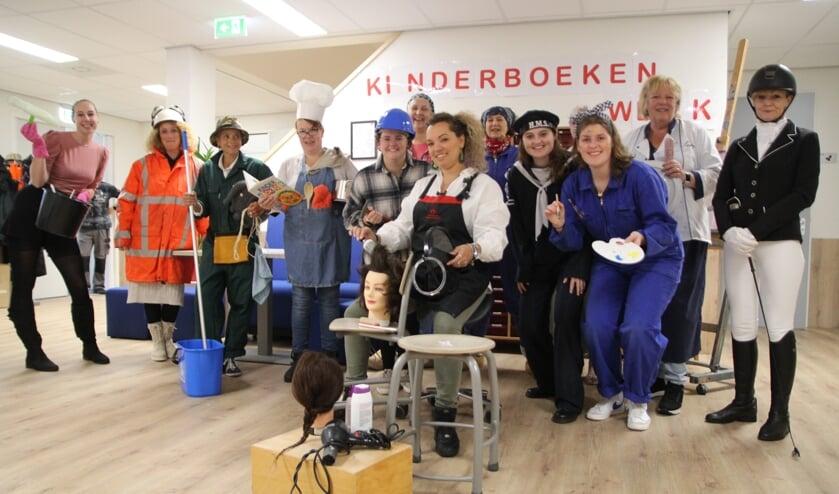 • Creatieve opening van de Kinderboekenweek op SBO De Bouwsteen.