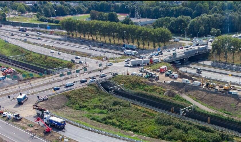 <p>• De nieuwe afrit van de A15/N3/N214 bij Papendrecht.</p>