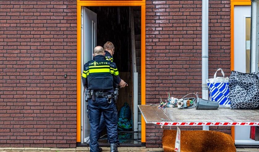 <p>• Politie Krimpenerwaard was woensdagmiddag bezig met het verwijderen van restanten uit de wietkwekerij in een bedrijfspand aan de Platinastraat in Schoonhoven.</p>