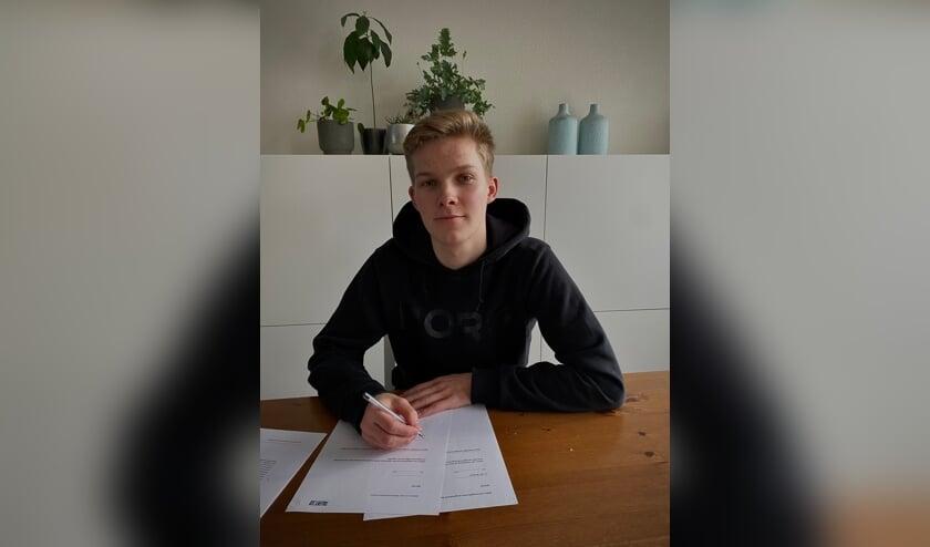 <p>&bull; Stijn van de Bunt tekent bij TalentNED.&nbsp;</p>