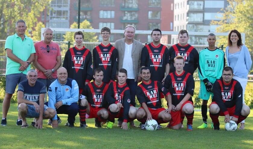 • Het G-team van vv Papendrecht voor de eerste wedstrijd.
