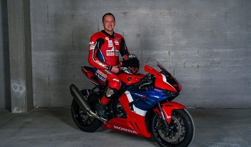 • Wayne Tessels met zijn trainingsmotor.