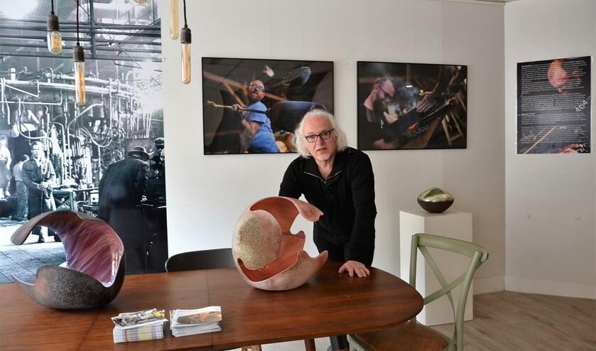 <p>&bull; Momenteel exposeert Tom van Campenhout werk van Geir Nustad in de Kunstplaats.</p>