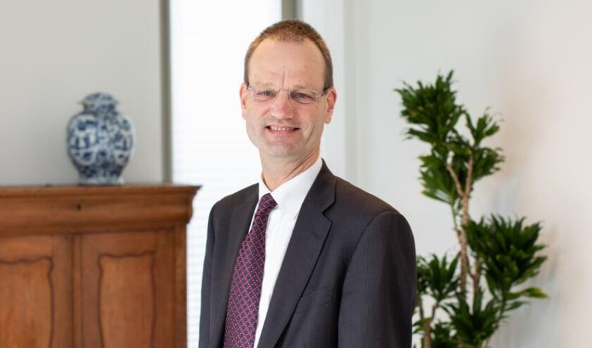 <p>• Financieel bestuurder Diederik Zijderveld van het Albert Schweitzer ziekenhuis: 'Groot compliment aan alle medewerkers'.</p>