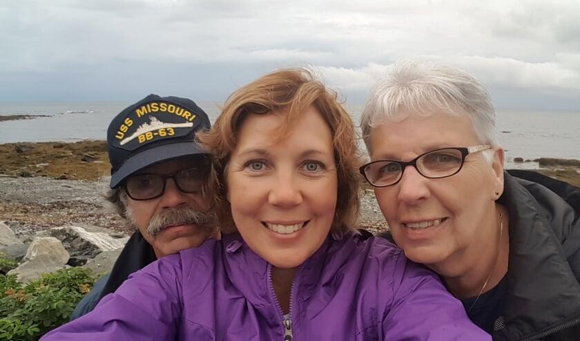 <p>&bull; &nbsp;Wendy met haar ouders in Maine, tijdens een vakantie in de VS (2018).</p>