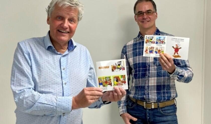 Illustrator Arie van Vliet (rechts) en voorzitter stichting Vrienden van Vrijthof, Lucien Tros
