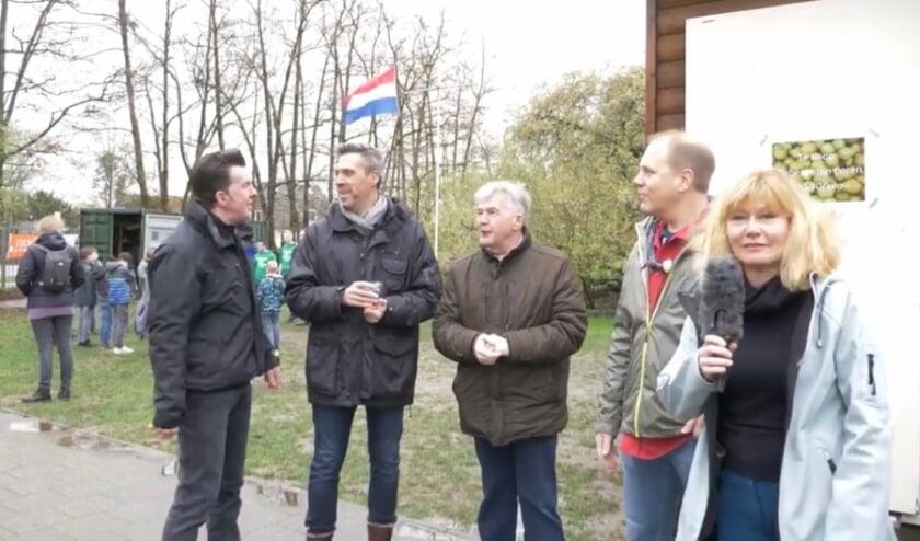 <p>• Het college van Papendrecht in 2019 bij de scouting.</p>