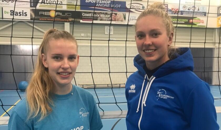 <p>• Eline de Haan (l) en Vera Mulder naar Sliedrecht Sport Dames 1.</p>