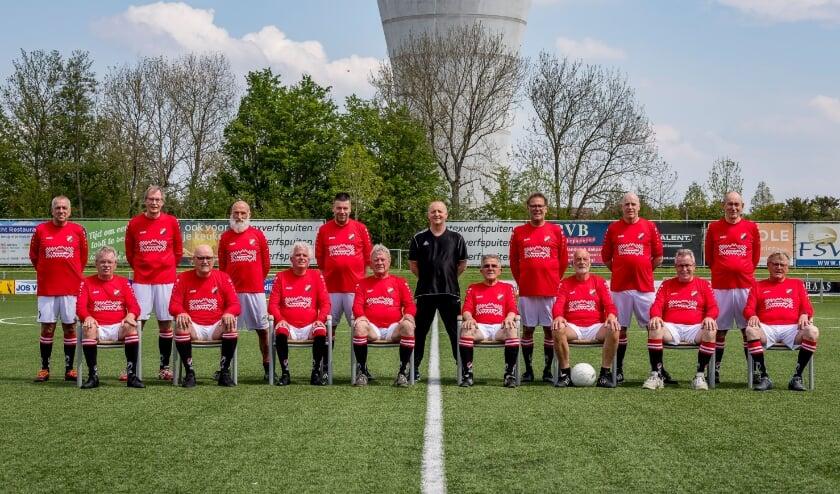 • Het walking football-elftal van Nivo Sparta.