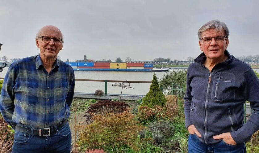 <p>• Jan-Cees Hoftijzer en Marco Goudriaan blijven zich vol enthousiasme inzetten voor de huurders.</p>