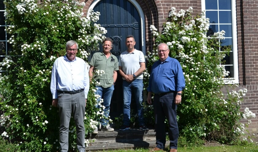 <p>V.l.n.r.: Gerrit Nieuwenhuis, Teus Meijdam, Walter Vroegh en Ben de Weerd.&nbsp;</p>