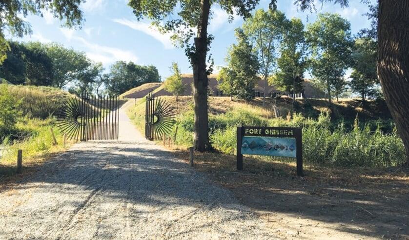 <p>Ook Fort Giessen maakt deel uit van de Nieuwe Hollandse Waterlinie.</p>