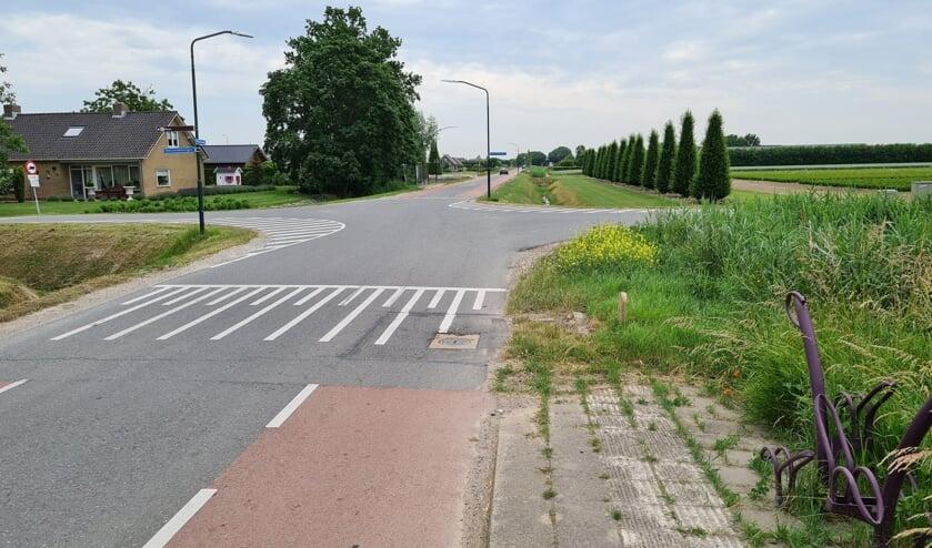 Het kruispunt Middenweg-Duizendmorgen in Andel.