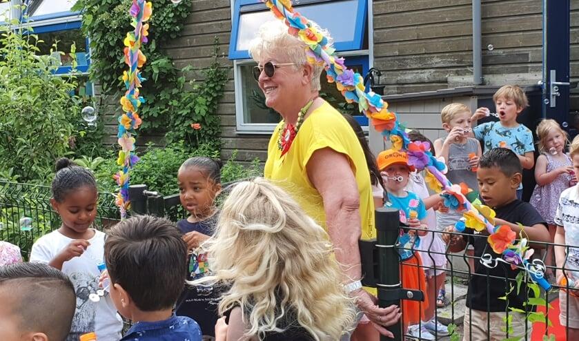 • Juf Deborah Sassen nam donderdag afscheid van openbare basisschool Kortland.