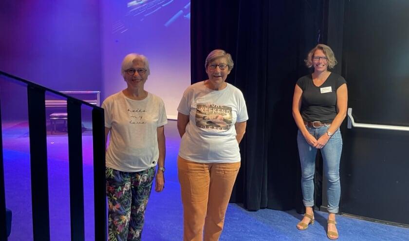 <p>&bull; Nanny en Liesbeth hebben het theater gemist.</p>