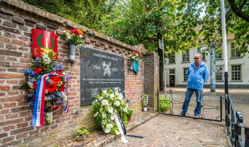 <p>Overal in het land wordt nog altijd (terecht) stilgestaan bij het werk van de vele Nederlandse veteranen uit oorlogs- en vredestijd. &#39;De slag om de Schelde&#39; is er een mooi voorbeeld van.</p>
