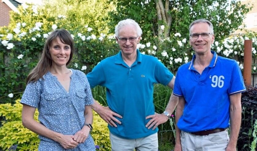 <p>Geertrui, Douwe en Frank vragen goede idee&euml;n voor het Platform Duurzaam Montfoort en Linschoten</p>